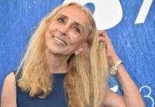 b6969f671471 Наряды бывшего главного редактора итальянского Vogue Франки Соццани  выставлены на продажу
