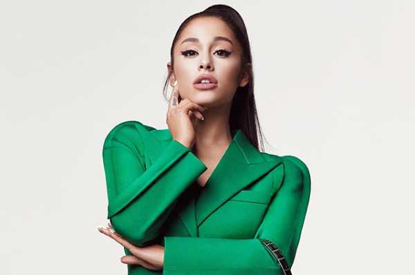 92ea21ec1e4e7 Ꙭ Смотреть Модный дайджест: от Арианы Гранде в рекламе Givenchy до ...