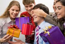 Искусство дарить модные подарки партнерам