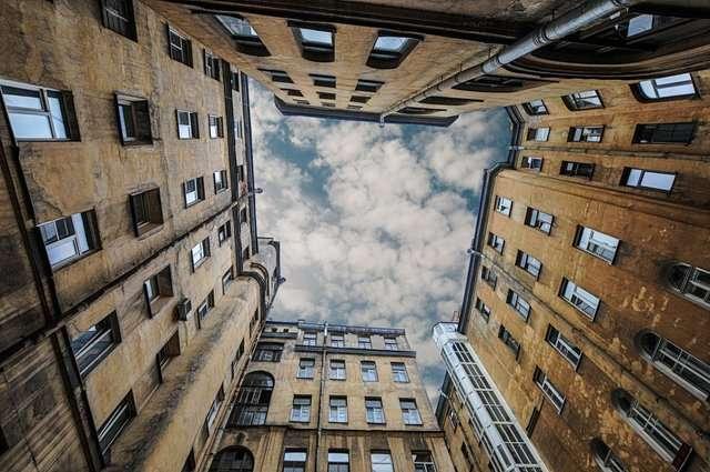 Дворы в Санкт-Петербурге: самые интересные и доступные